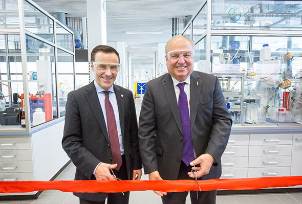 Bayer inaugurates the weed research new lab in Frankfurt